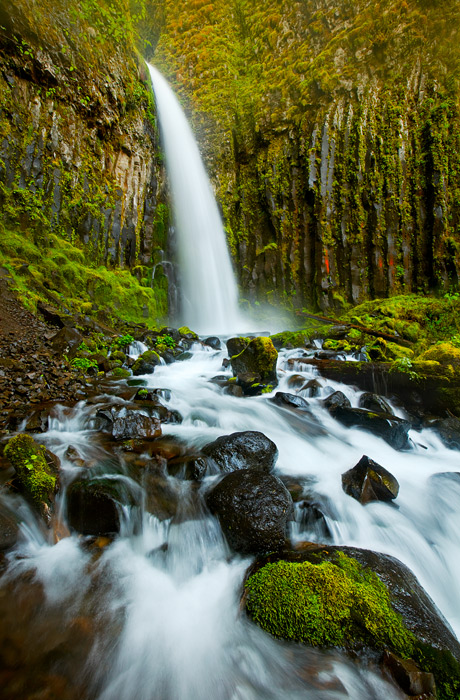 dry creek falls, Oregon, Columbia River Gorge, spring, red, texture, power, color, photo