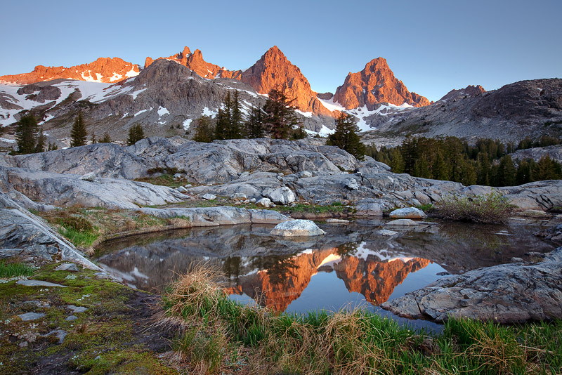 Mount Ritter, Banner Peak, Ansel Adams Wilderness, CA, California, tarn, alpenglow, Minarets, pristine beauty, wildernes, photo