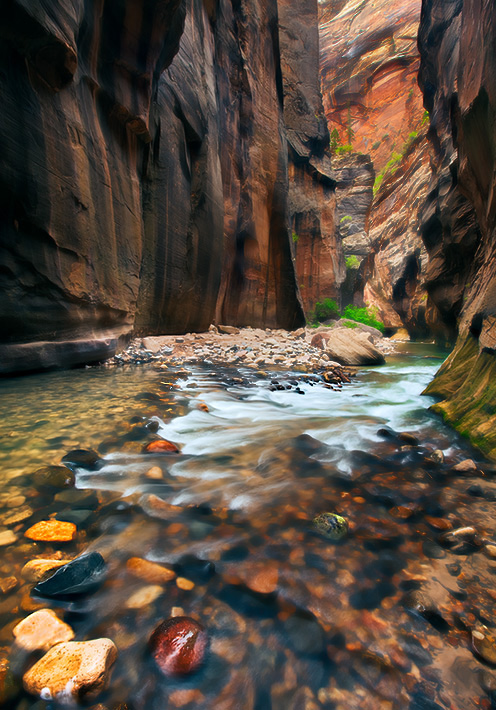 Zion National Park, UT, Utah, Virgin River, canyon, towering walls, photo